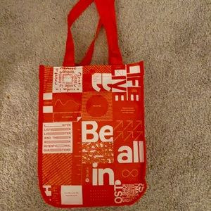 PERFECT CONDITION LULULEMON BAG - price negotiable